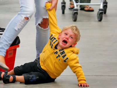 Детские истерики – действительно ли это проблема из серии «нельзя без жертв»
